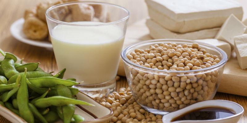 La soja disminuye los niveles de colesterol en sangre (iStock)