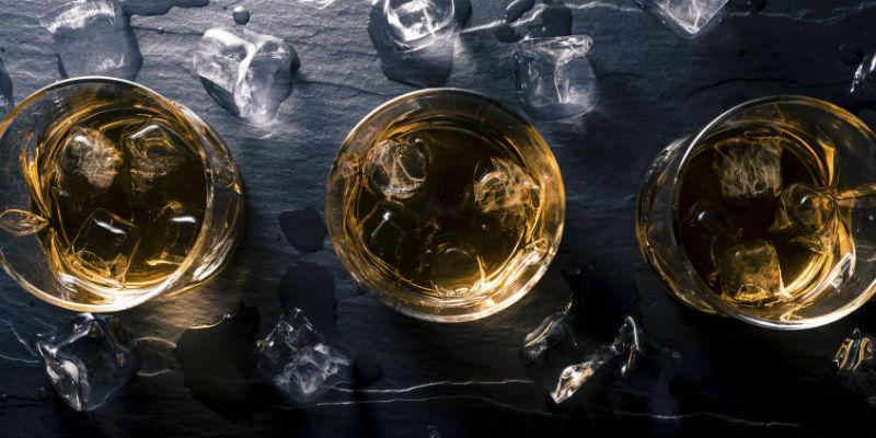 Las infusiones con hielo pueden parecer tragos largos (iStock)