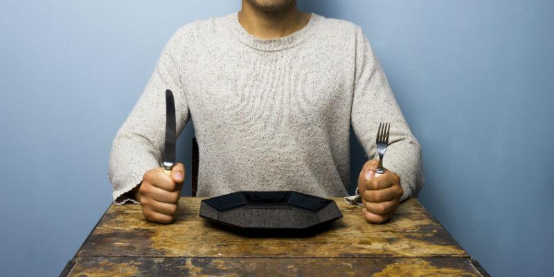 El crudiveganismo y la paleodieta son dos de los sistemas de alimentación que más seguidores tienen en la actualidad por sus efectos reconocidos para la salud (iStock)