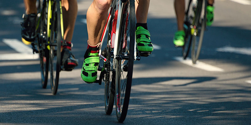 El pedaleo es mucho más eficaz con calas (iStock)